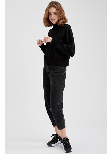 DeFacto Dik Yaka Basic Sweatshirt Siyah